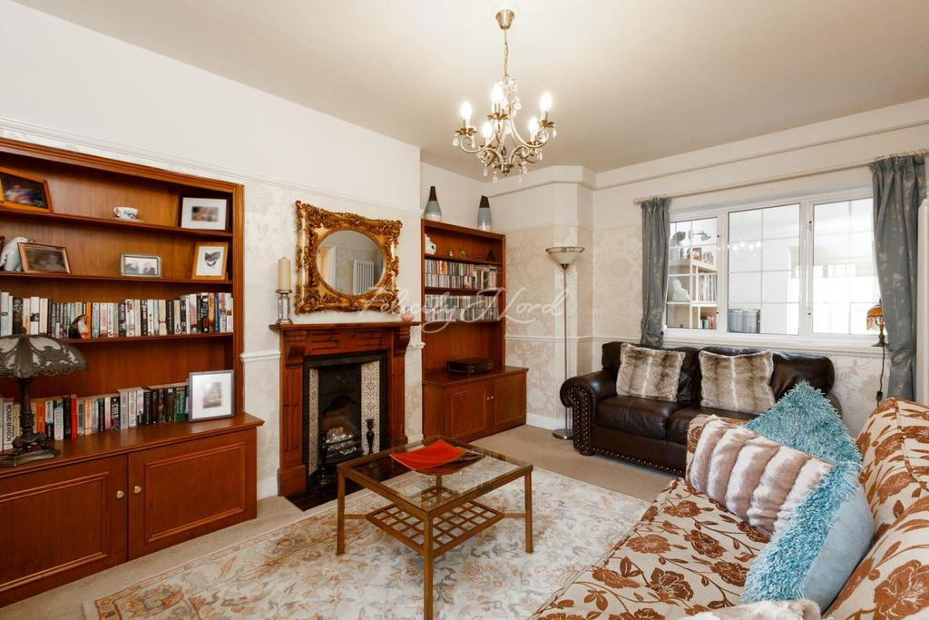 3 Bedrooms Terraced House for sale in Congreve Road, Eltham, SE9