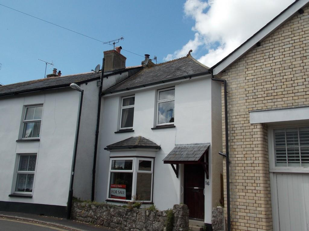3 Bedrooms Town House for sale in Moretonhampstead, Devon