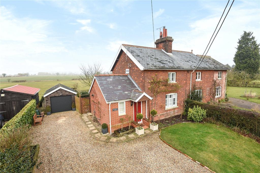 2 Bedrooms Semi Detached House for sale in Denham, Bury St Edmunds, Suffolk, IP29