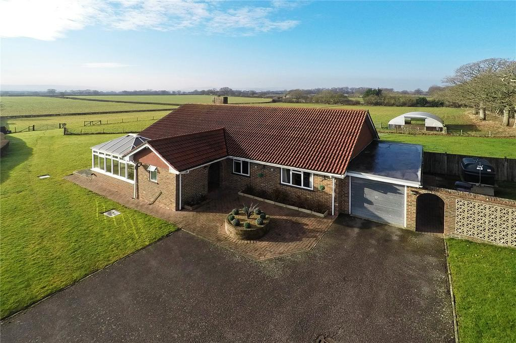 3 Bedrooms Detached Bungalow for sale in Lewes Road, Laughton, Lewes, East Sussex