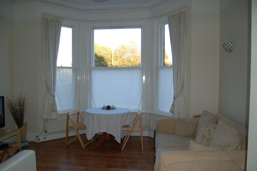 1 Bedroom Ground Flat for sale in Abigail House