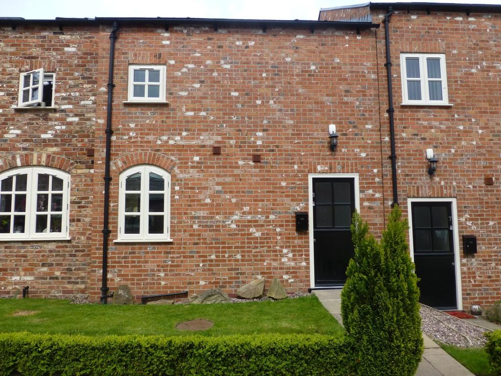 2 Bedrooms Mews House for sale in 8 Griffin Farm, Griffin Farm Drive, Heald Green