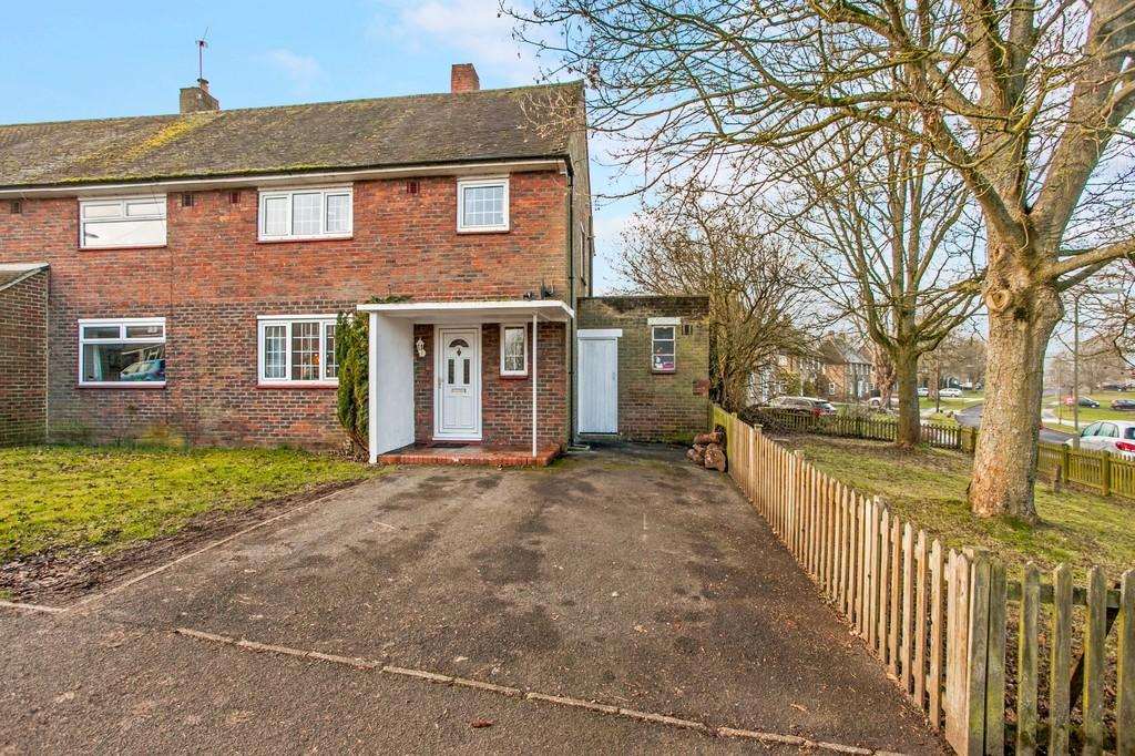 3 Bedrooms Semi Detached House for sale in Barton Stacey, Winchester, SO21