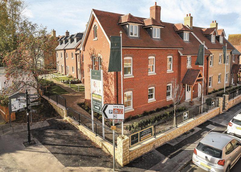 1 Bedroom Retirement Property for sale in Fleur-de-Lis, Church Street, Wantage