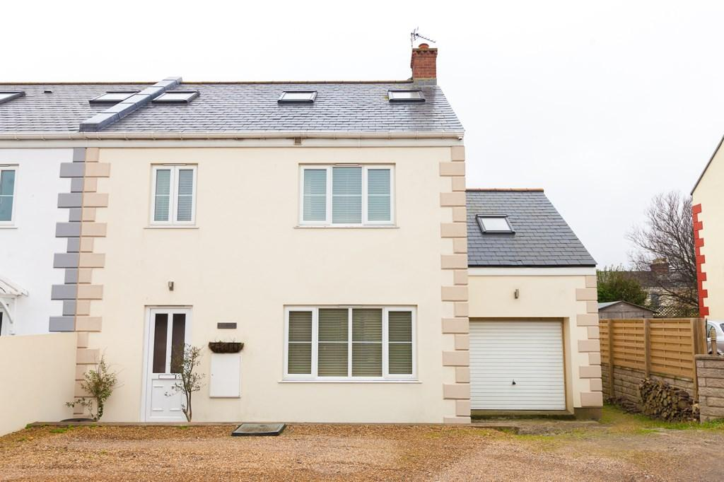 4 Bedrooms Semi Detached House for sale in Belgrave Lane, St. Sampson, Guernsey