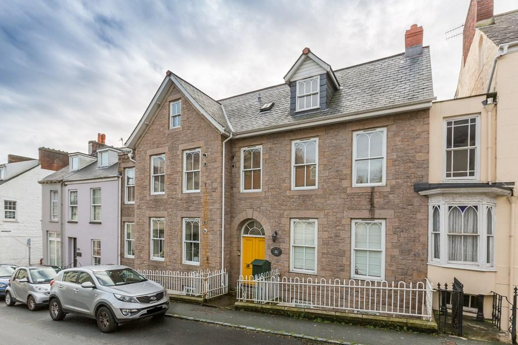 1 Bedroom Apartment Flat for sale in 65 Victoria Road, St. Peter Port, Guernsey