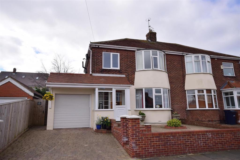 3 Bedrooms Semi Detached House for sale in Glenesk Road, Sunderland