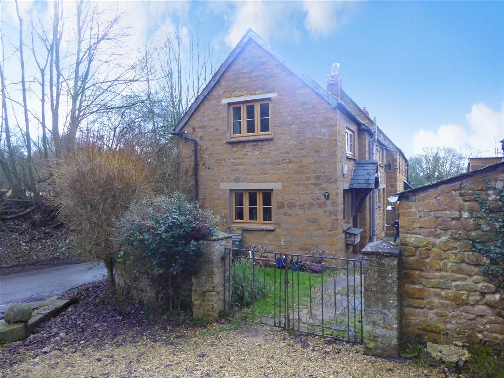 2 Bedrooms Cottage House for sale in Mollington Lane, Shotteswell