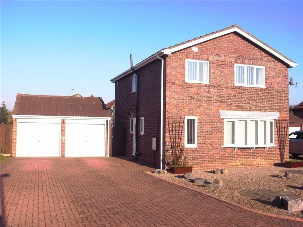 4 Bedrooms Detached House for sale in Rivermead Avenue, Darlington