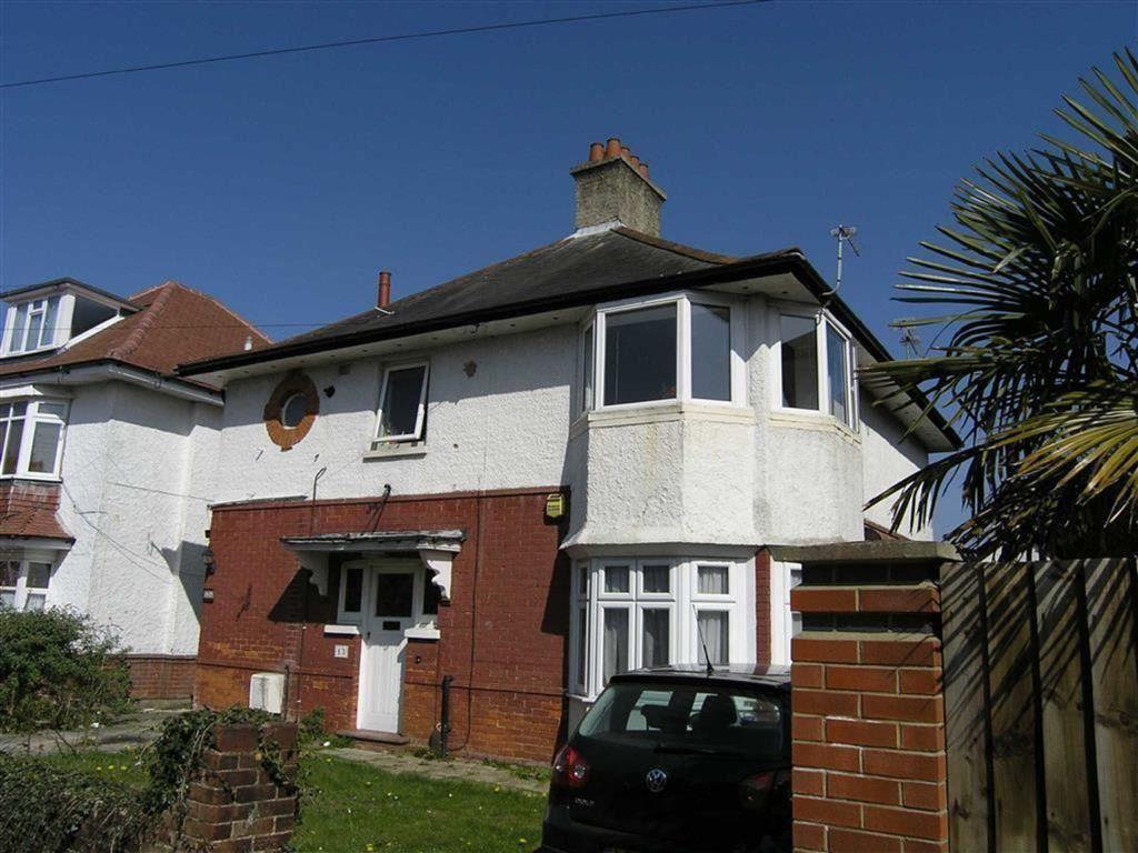 4 Bedrooms Detached House for sale in Linwood Road, Bournemouth, Dorset, BH9