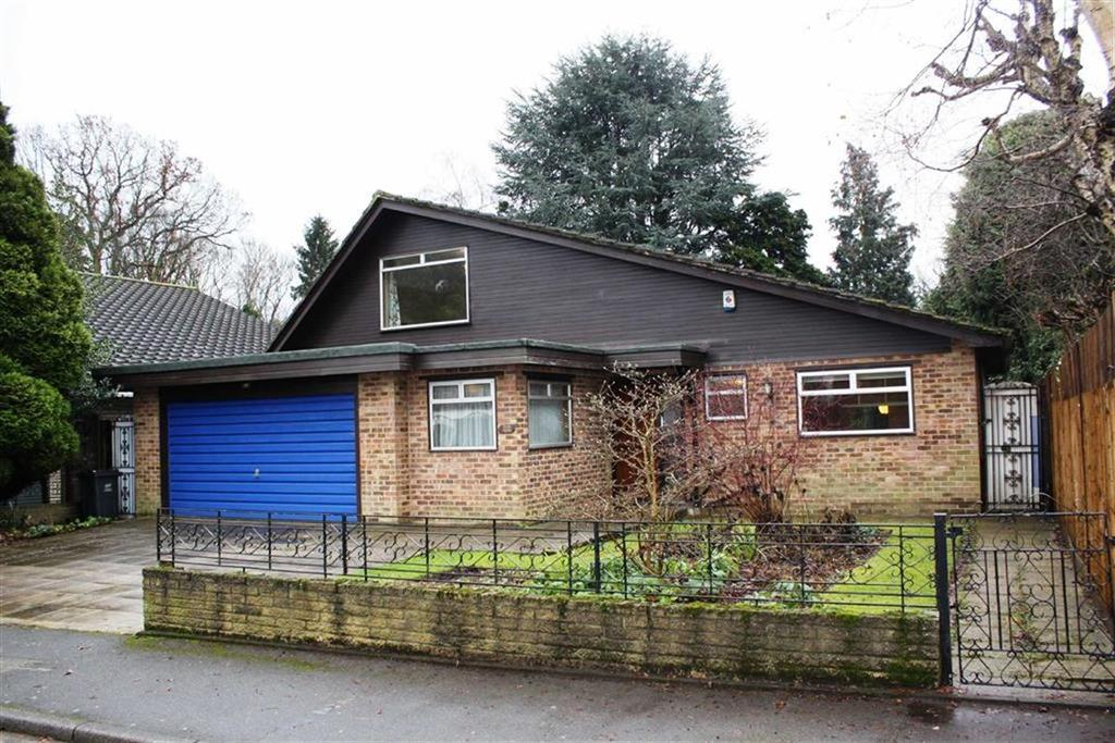 4 Bedrooms Detached Bungalow for sale in Scotsdale Close, Petts Wood East