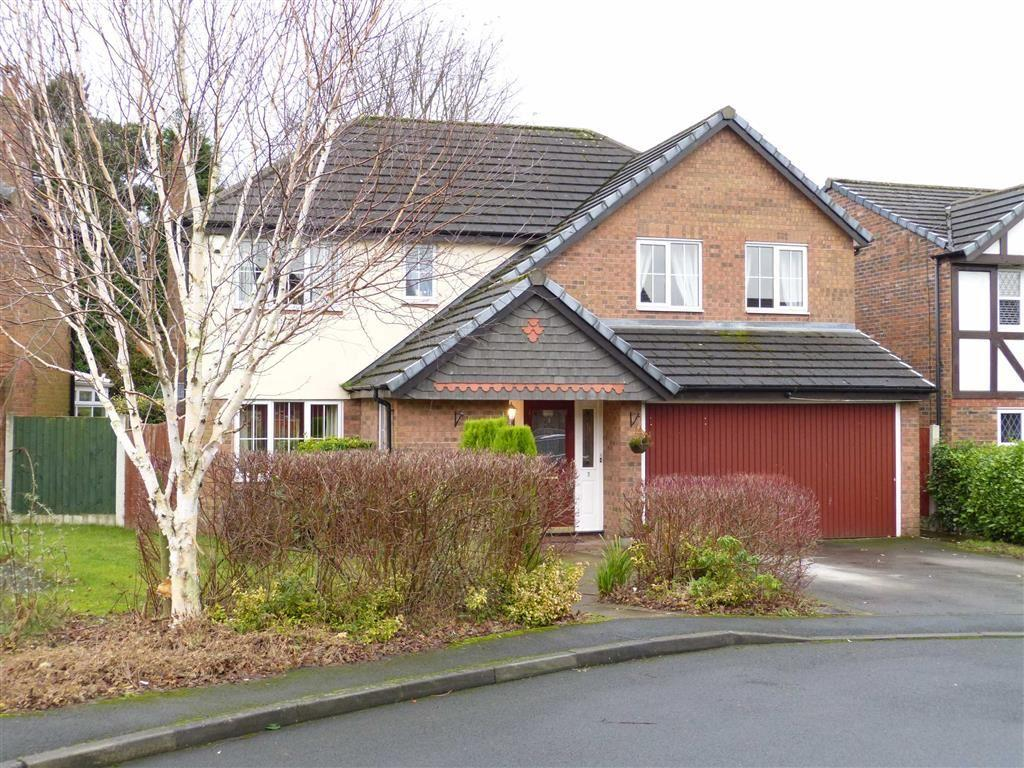 4 Bedrooms Detached House for sale in Sunningdale Drive, Glossop