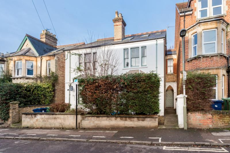 4 Bedrooms Semi Detached House for sale in Bartlemas Road, Oxford, Oxfordshire