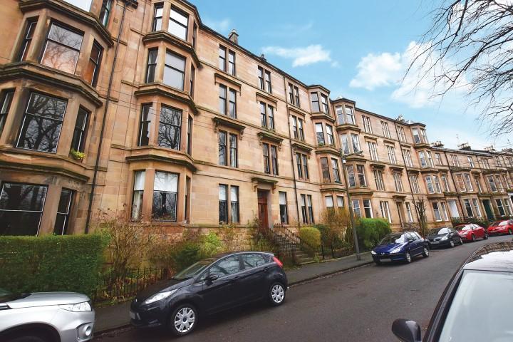 2 Bedrooms Flat for sale in 5 Doune Quadrant, North Kelvinside, G20 6DL