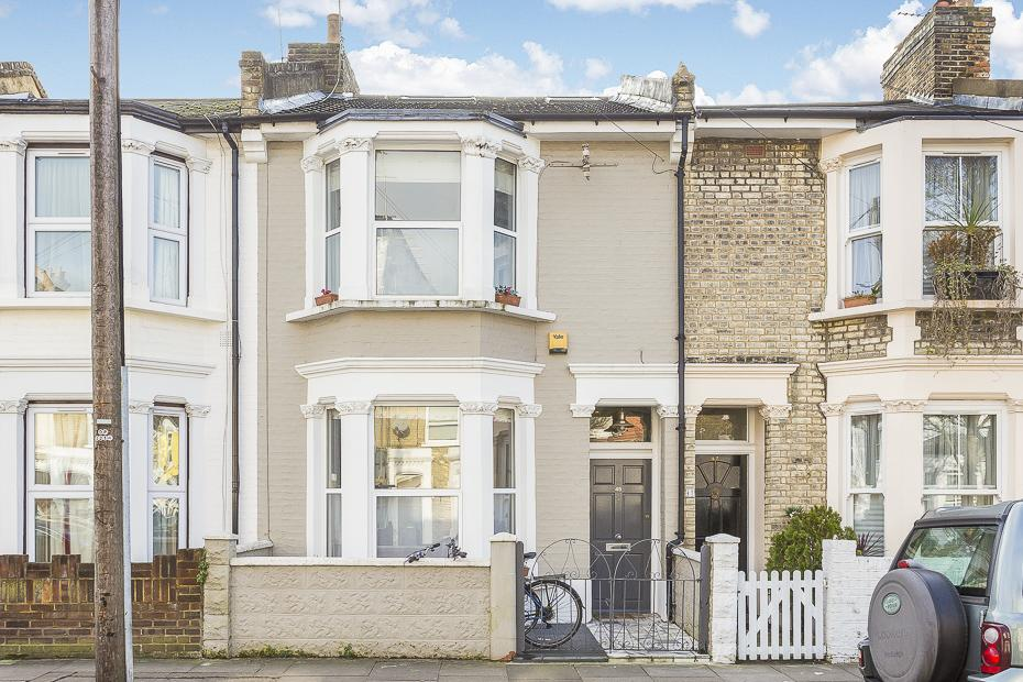 4 Bedrooms Terraced House for sale in Cobbold Road, London W12