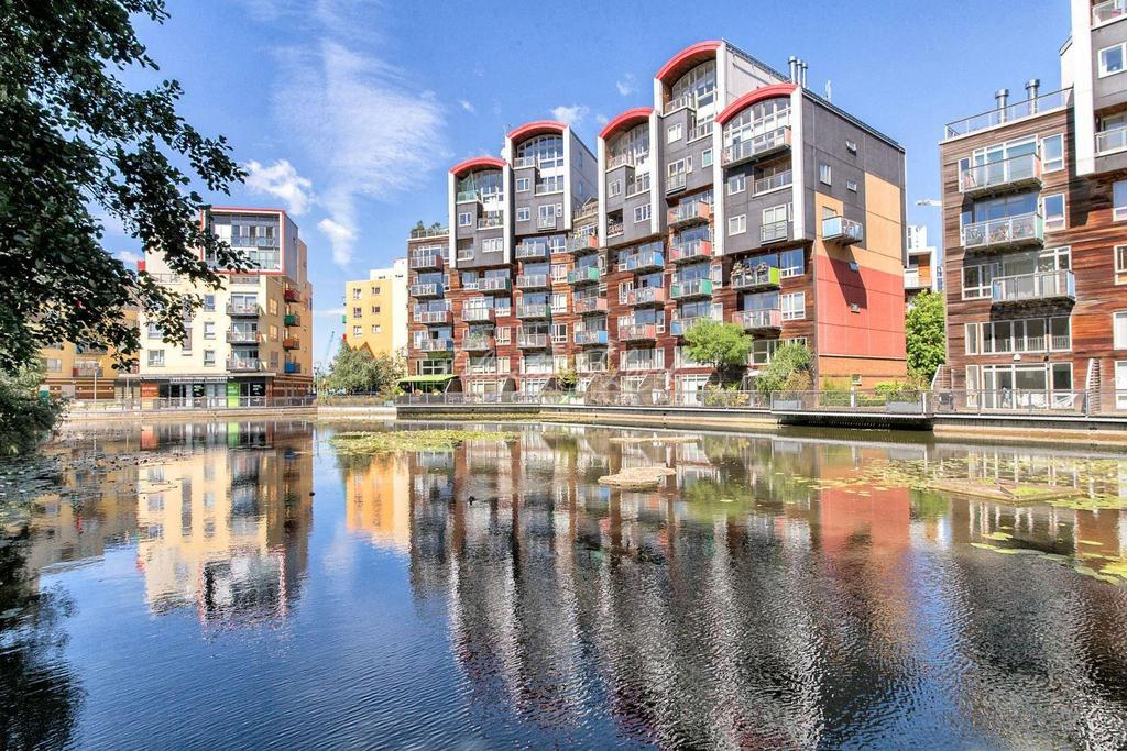 2 Bedrooms Flat for sale in Greenwich Millennium Village, SE10 0QF