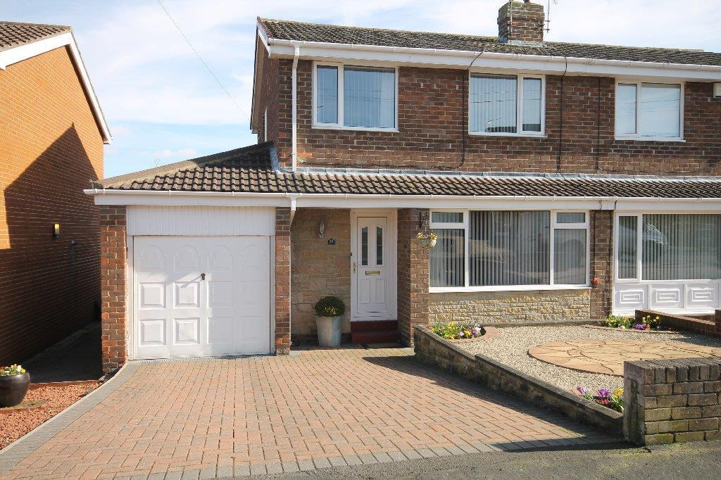 3 Bedrooms Semi Detached House for sale in Ullswater Avenue West Auckland, Bishop Auckland