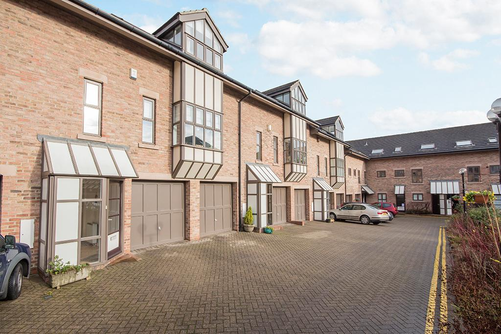 3 Bedrooms Town House for sale in The Mews, Newcastle upon Tyne NE1
