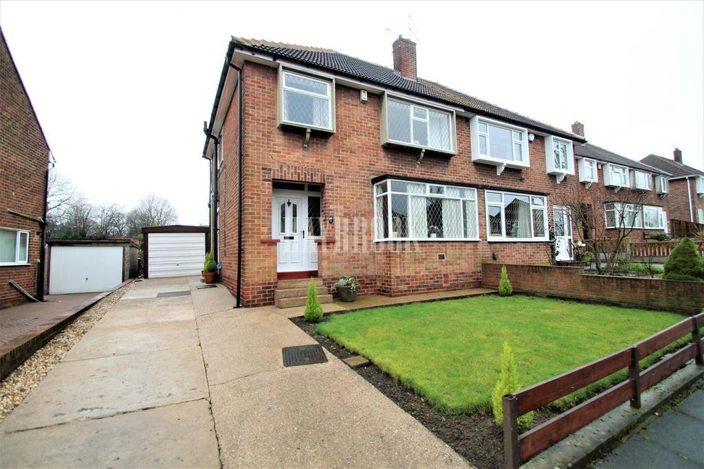 3 Bedrooms Semi Detached House for sale in St Marys Crescent, Swinton
