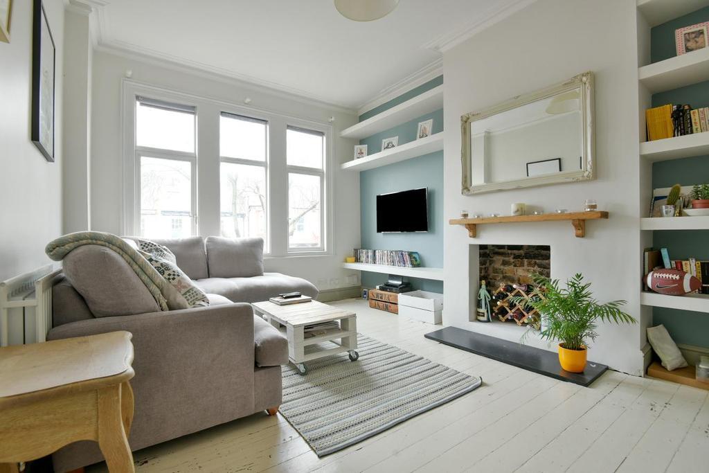 2 Bedrooms Maisonette Flat for sale in Herne Hill Road, Herne Hill, SE24