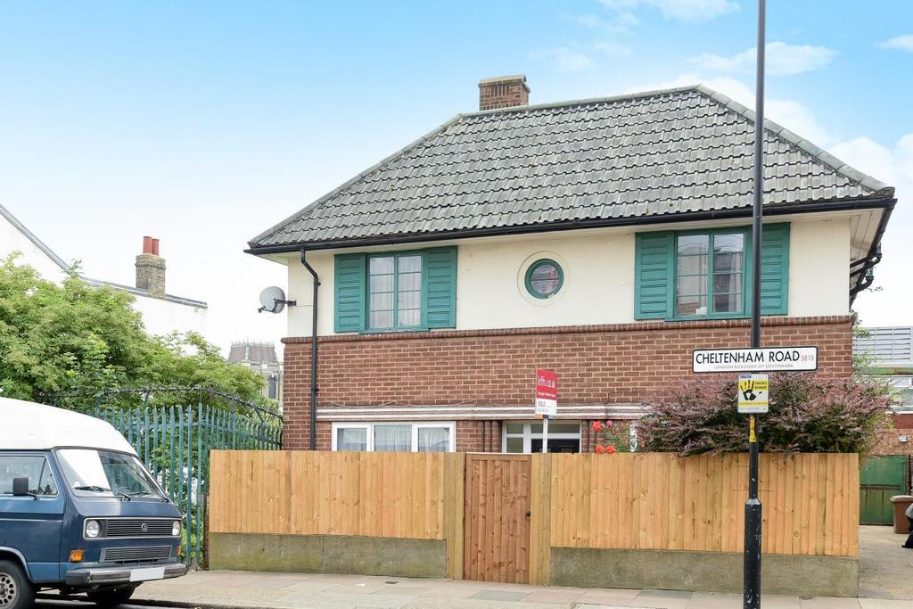 2 Bedrooms Flat for sale in Cheltenham Road, Peckham
