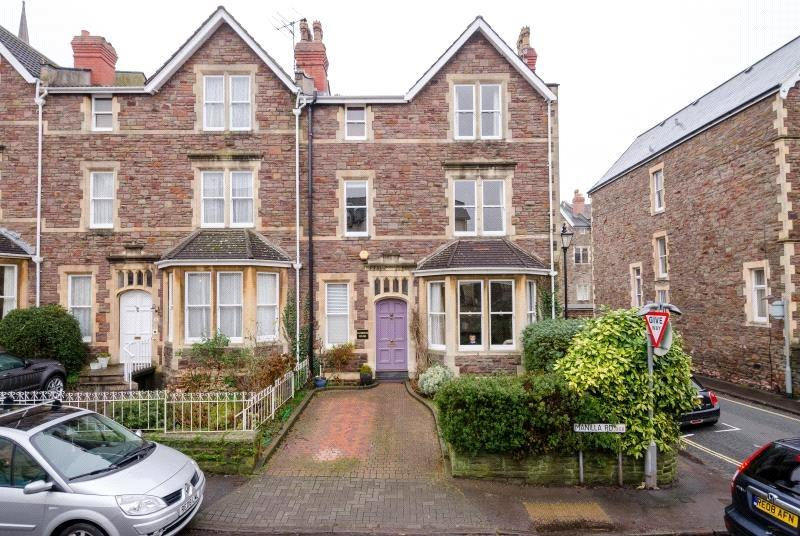 6 Bedrooms Terraced House for sale in Manilla Road, Bristol, BS8