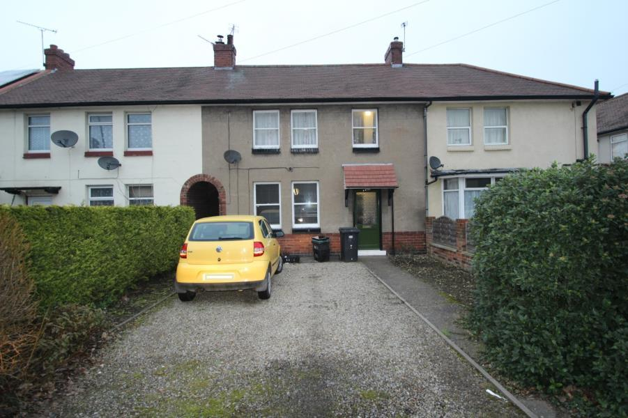 4 Bedrooms Terraced House for sale in HULL ROAD, YORK, YO10 3JY