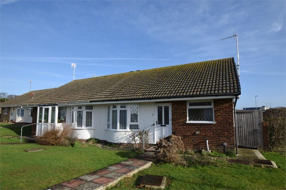 2 Bedrooms Semi Detached Bungalow for sale in Robin Close, Langney, East Sussex