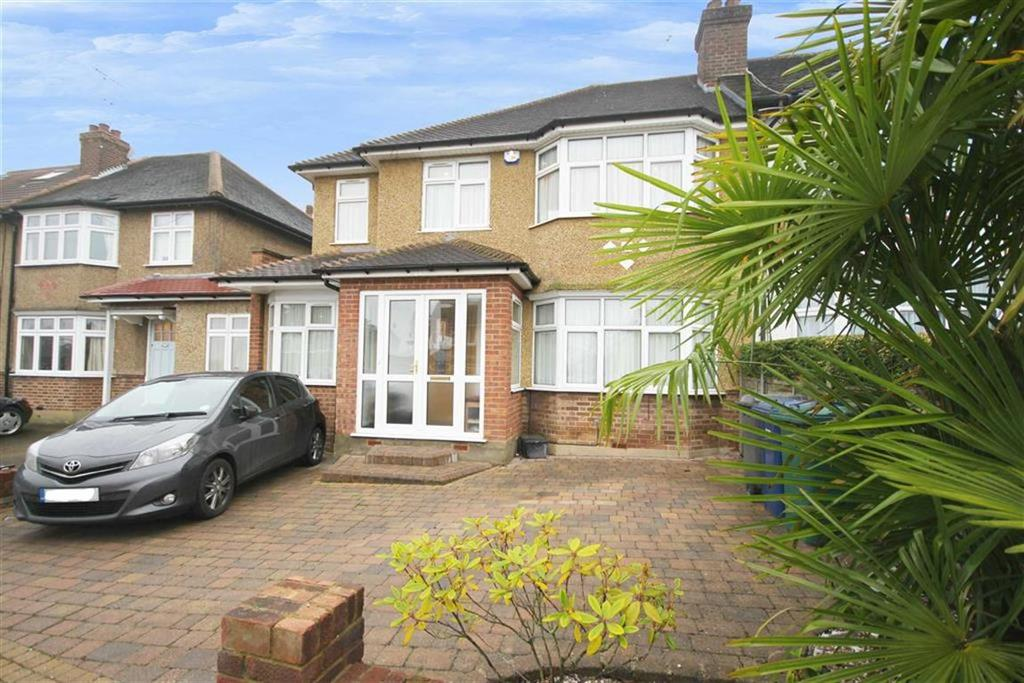 3 Bedrooms House for sale in Albemarle Road, East Barnet, Hertfordshire