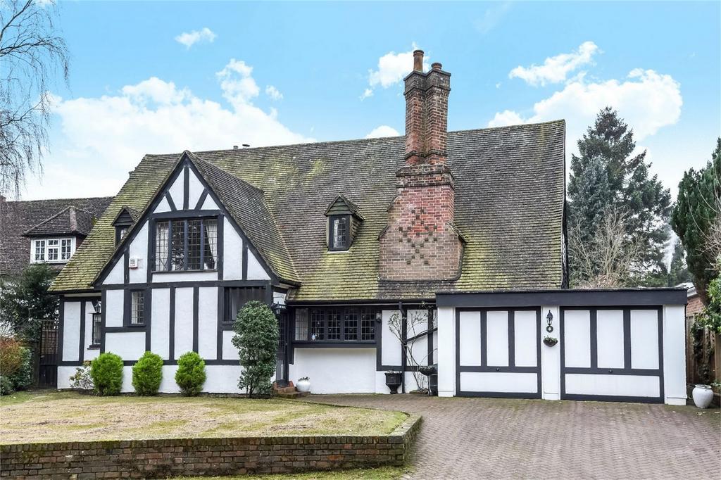 4 Bedrooms Detached House for sale in Oakfield Lane, Keston, Kent