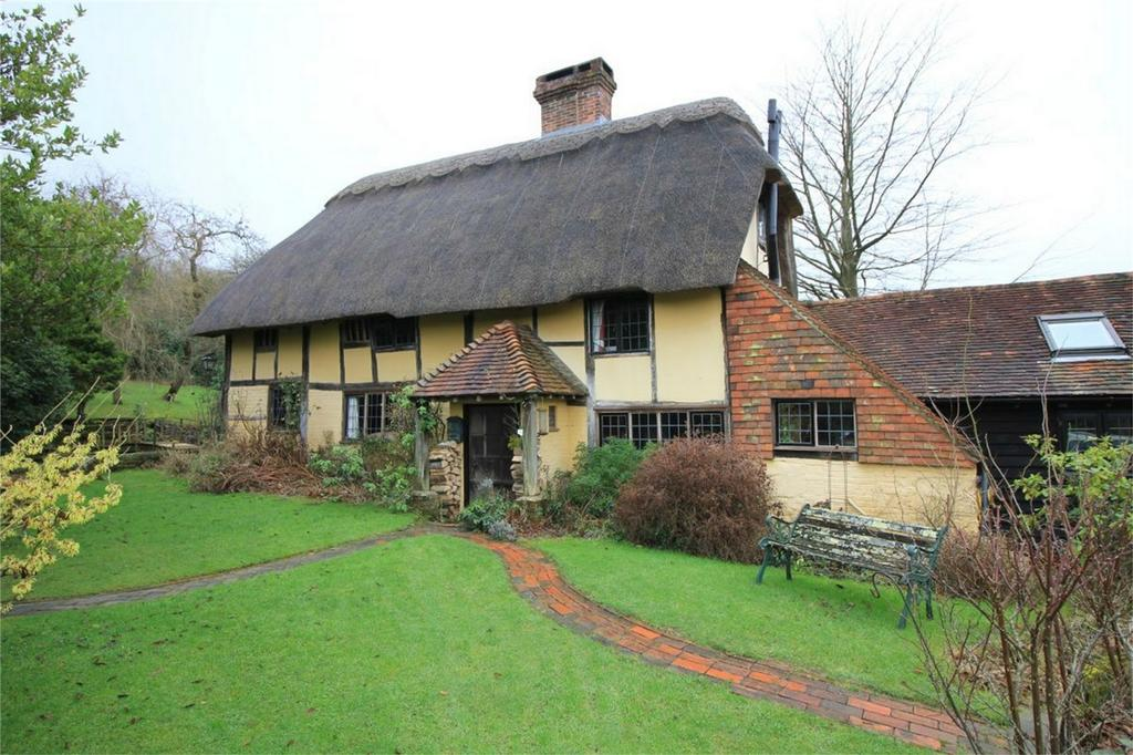 4 Bedrooms Detached House for sale in Holly Tree Cottage, BRIGHTLING, East Sussex