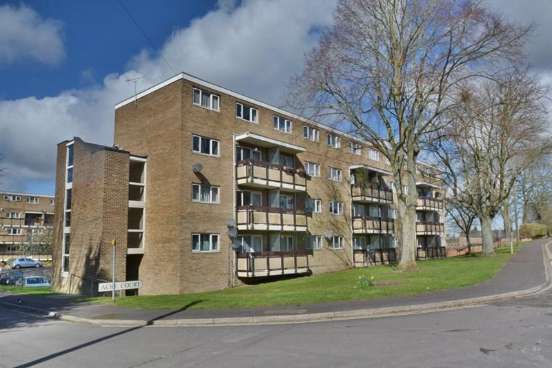 3 Bedrooms Duplex Flat for sale in Acre Court, Andover