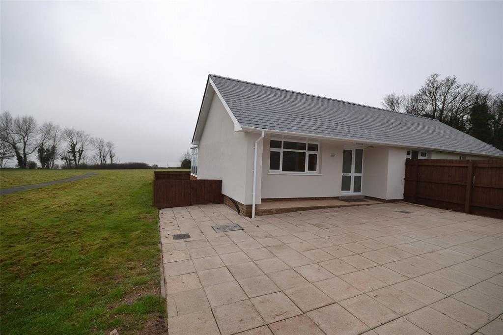 3 Bedrooms Detached Bungalow for sale in Hayes Point, Hayes Road, Sully, Vale of Glamorgan, CF64