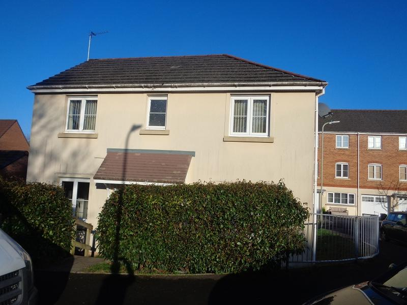 3 Bedrooms Detached House for sale in Underwood Place, Brackla, Bridgend, Bridgend.