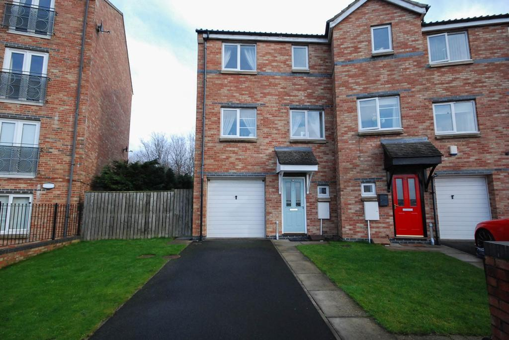 3 Bedrooms Town House for sale in Bridges View, Gateshead