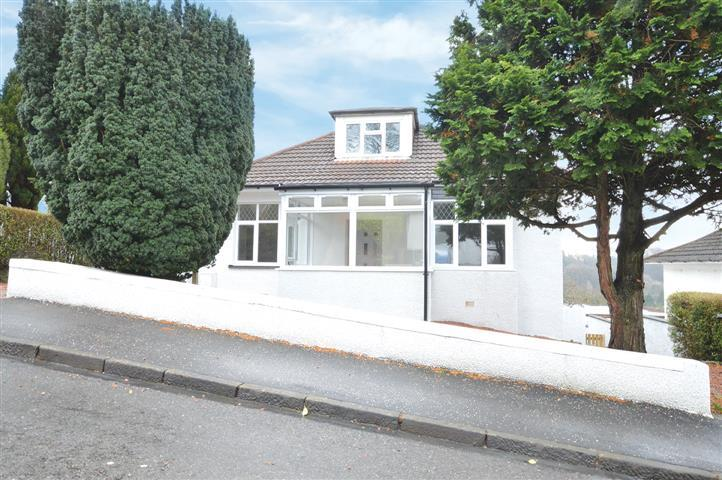 4 Bedrooms Detached Bungalow for sale in 71 Douglas Park Crescent, Bearsden, G61 3DP