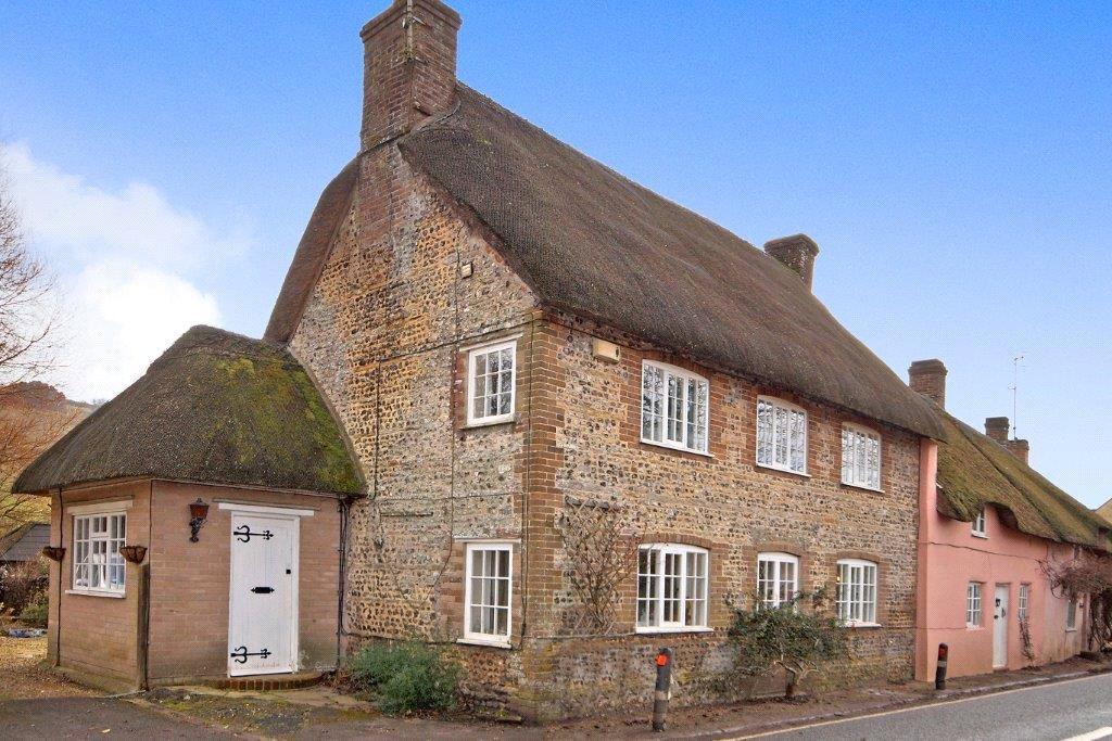 4 Bedrooms House for sale in Godmanstone, Dorchester, DT2