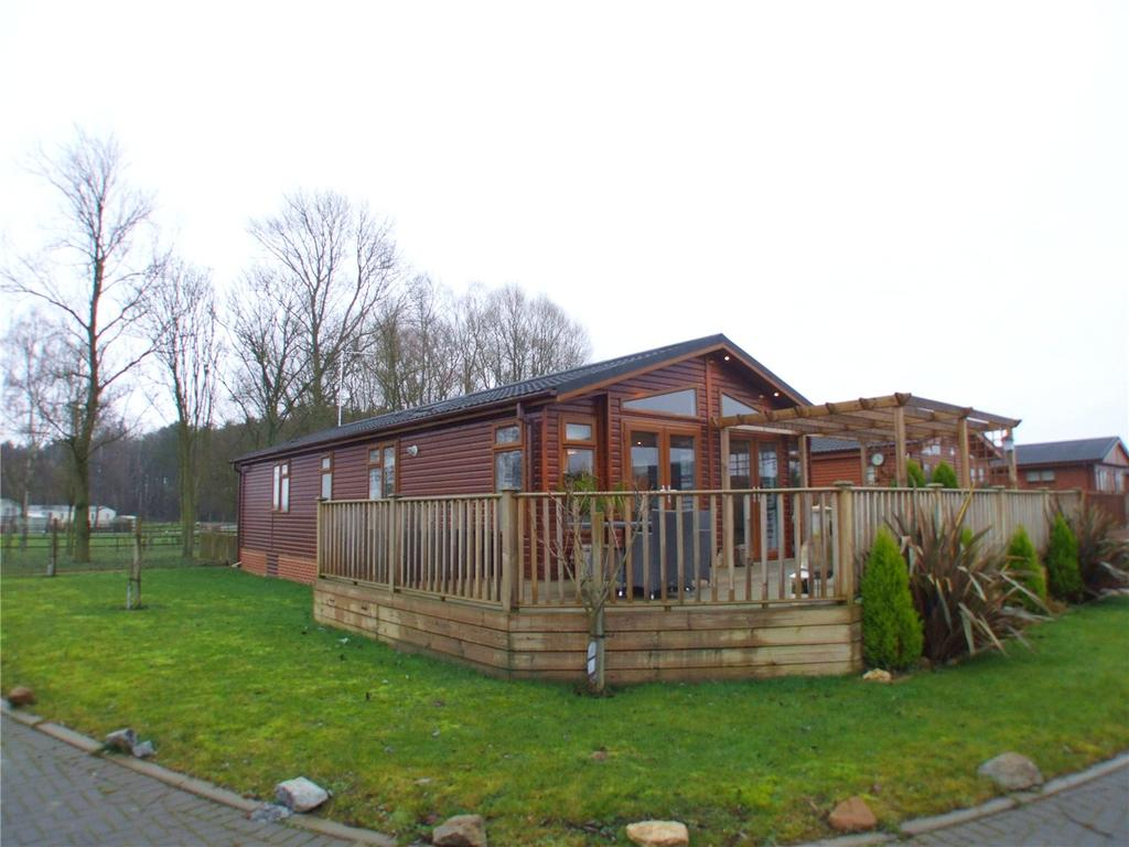 Detached Bungalow for sale in Lagoon Lodges, Barholm Road, Tallington, Stamford, PE9