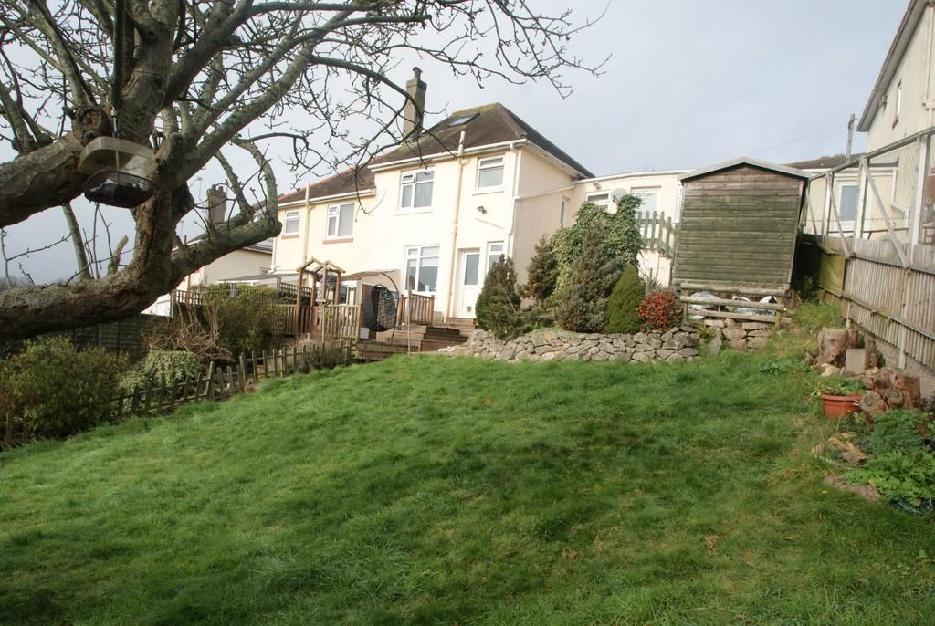 3 Bedrooms Semi Detached House for sale in Haslam Road, Torquay
