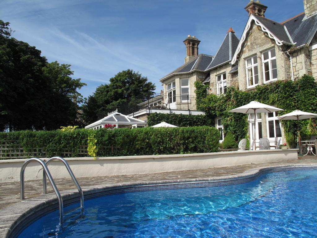 14 Bedrooms House for sale in Upper Bonchurch, Isle of Wight