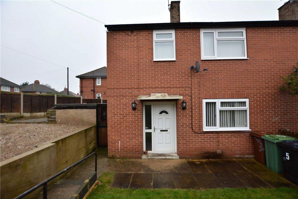 2 Bedrooms Semi Detached House for sale in St Catherines Crescent, Leeds, West Yorkshire