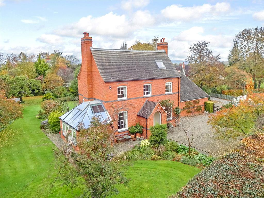 5 Bedrooms Detached House for sale in Oldwood Road, St. Michaels, Tenbury Wells, Worcestershire