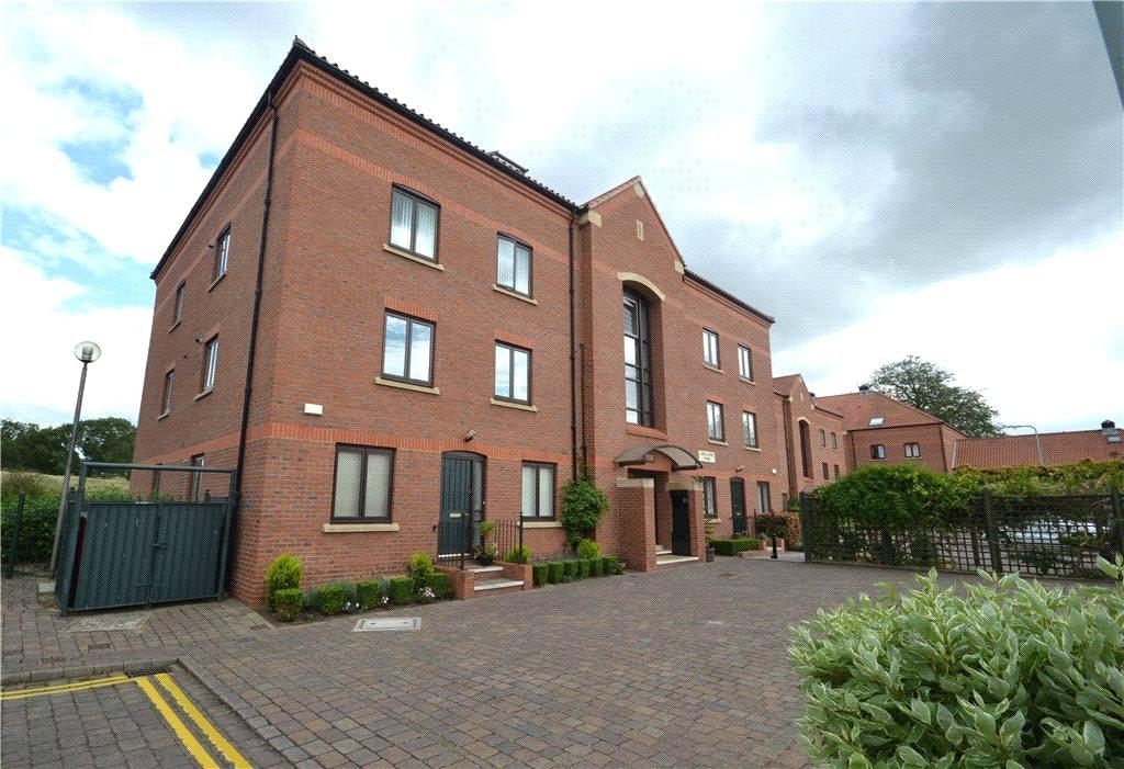 2 Bedrooms Apartment Flat for sale in Castle Dyke Wynd, Yarm, Stockton-On-Tees