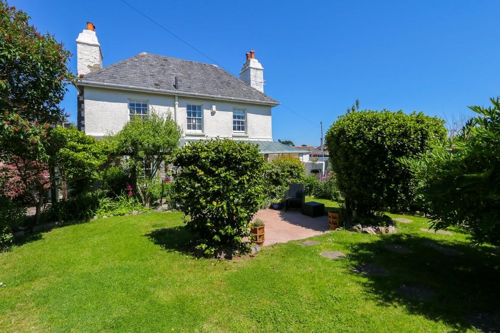 3 Bedrooms Cottage House for sale in Highweek Village, Newton Abbot