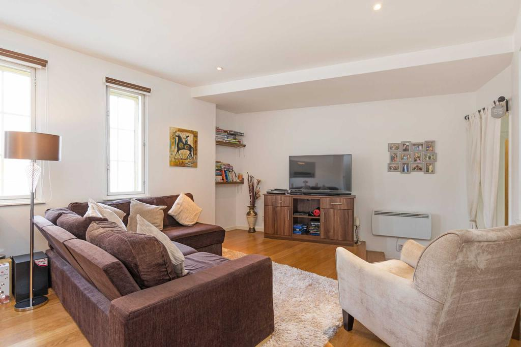 2 Bedrooms Apartment Flat for sale in Mission Building, E14