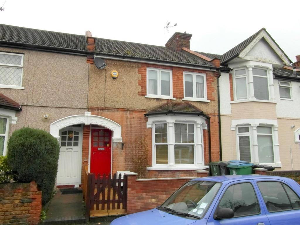 2 Bedrooms Terraced House for sale in Princes Avenue, Watford