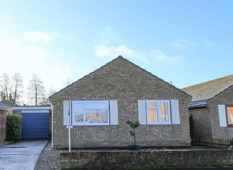 3 Bedrooms Bungalow for sale in Segsbury Road, Wantage