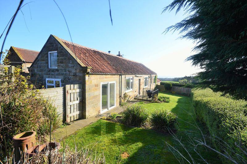 3 Bedrooms Cottage House for sale in Dunsley, nr Whitby