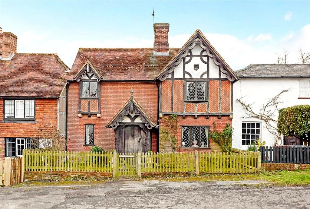 3 Bedrooms Unique Property for sale in The Street, Framfield, Uckfield, East Sussex, TN22