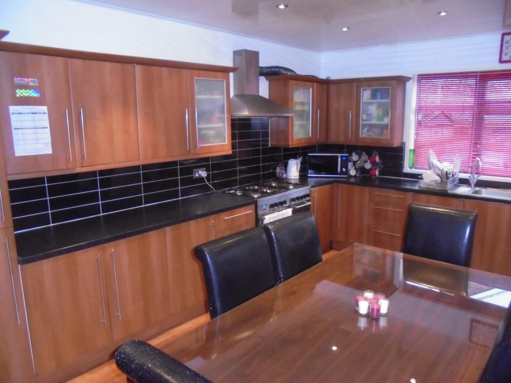 3 Bedrooms Terraced House for sale in Hamilton Road, Manchester, M13